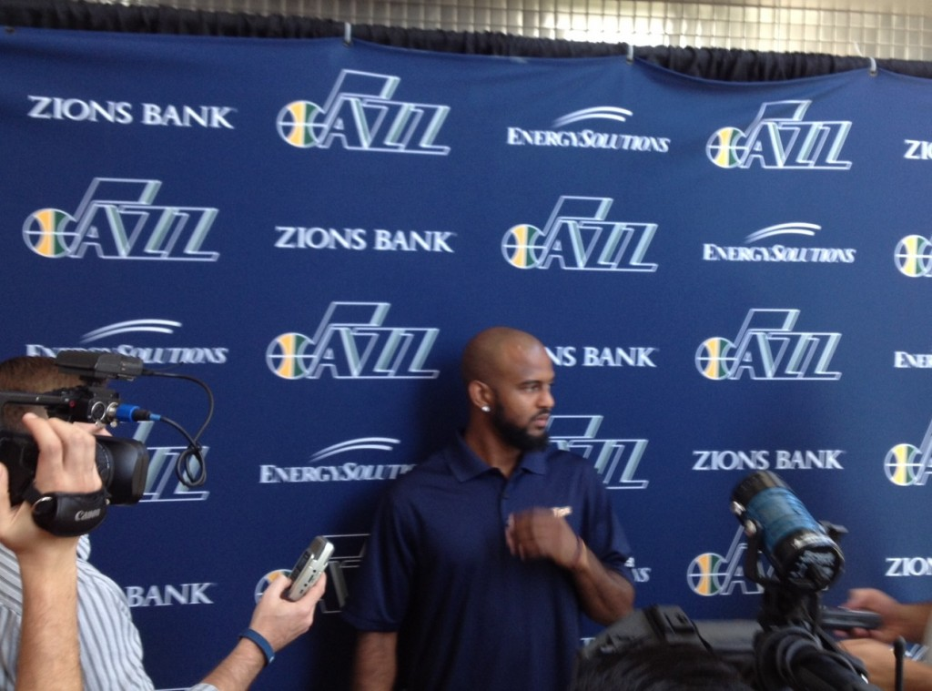 Utah Jazz Sign John Lucas III to 2 Year Contract