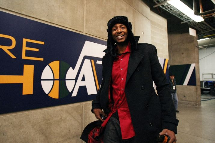 Jeremy Evans sports a new look entering ESA before a recent Jazz game. Salt City Hoops also has a new look. Photo by Melissa Majchrzak/NBAE via Getty Images