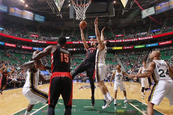 Verticality: good. Defensive position: not as good. Photo by Melissa Majchrzak/NBAE via Getty Images