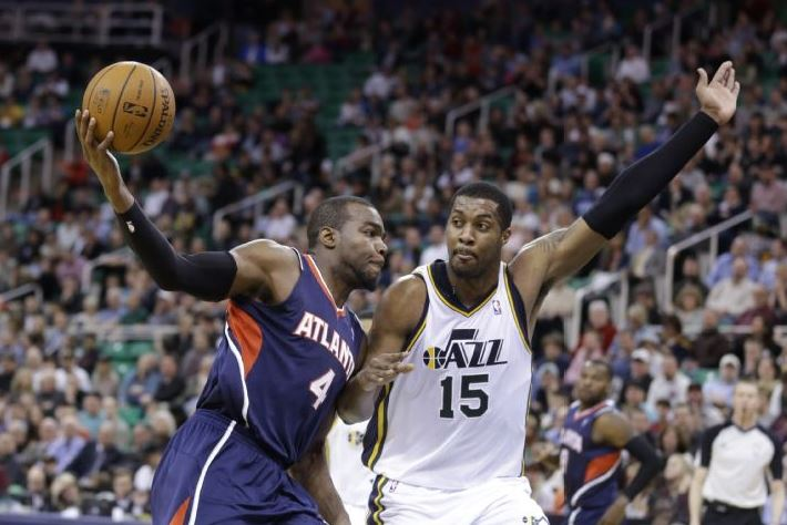 Millsap-and-favors-ap-photo-rick-bowmer