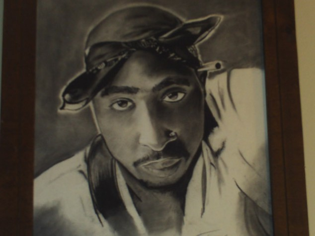 Evans' portrait of Tupac.