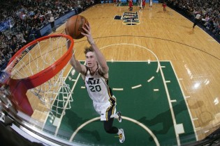Should Hayward Get a Max If He's Not The First Option?