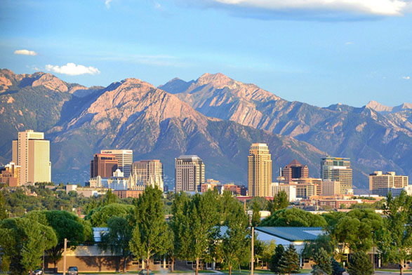 Who wouldn't want to live here? (Photo from saltlakecityutah.org)
