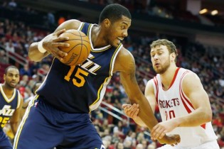 Derrick Favors' Big Leap
