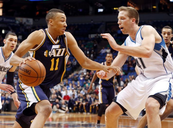 Dante Exum powers his way onto the Game Ball rankings. (AP Photo/Jim Mone)