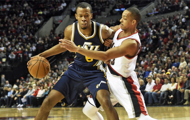 Rodney Hood did his best to help the Jazz get a big road win, but Portland was simply too much. (AP Photo/Steve Dykes)