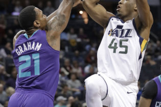 Late Execution Costs Jazz in 88 – 99 Hornets Loss